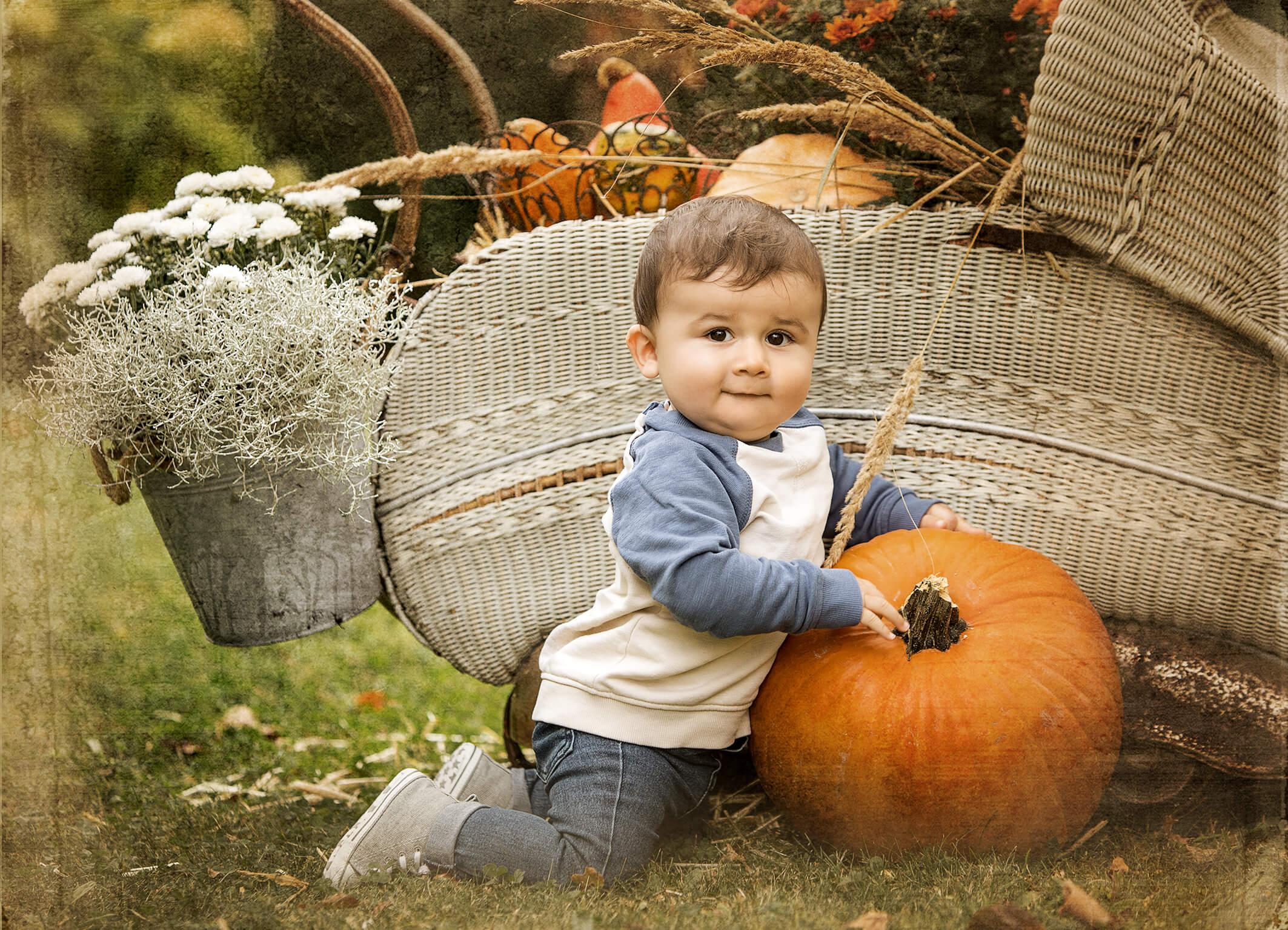 Fotoshooting in der Natur im Herbst