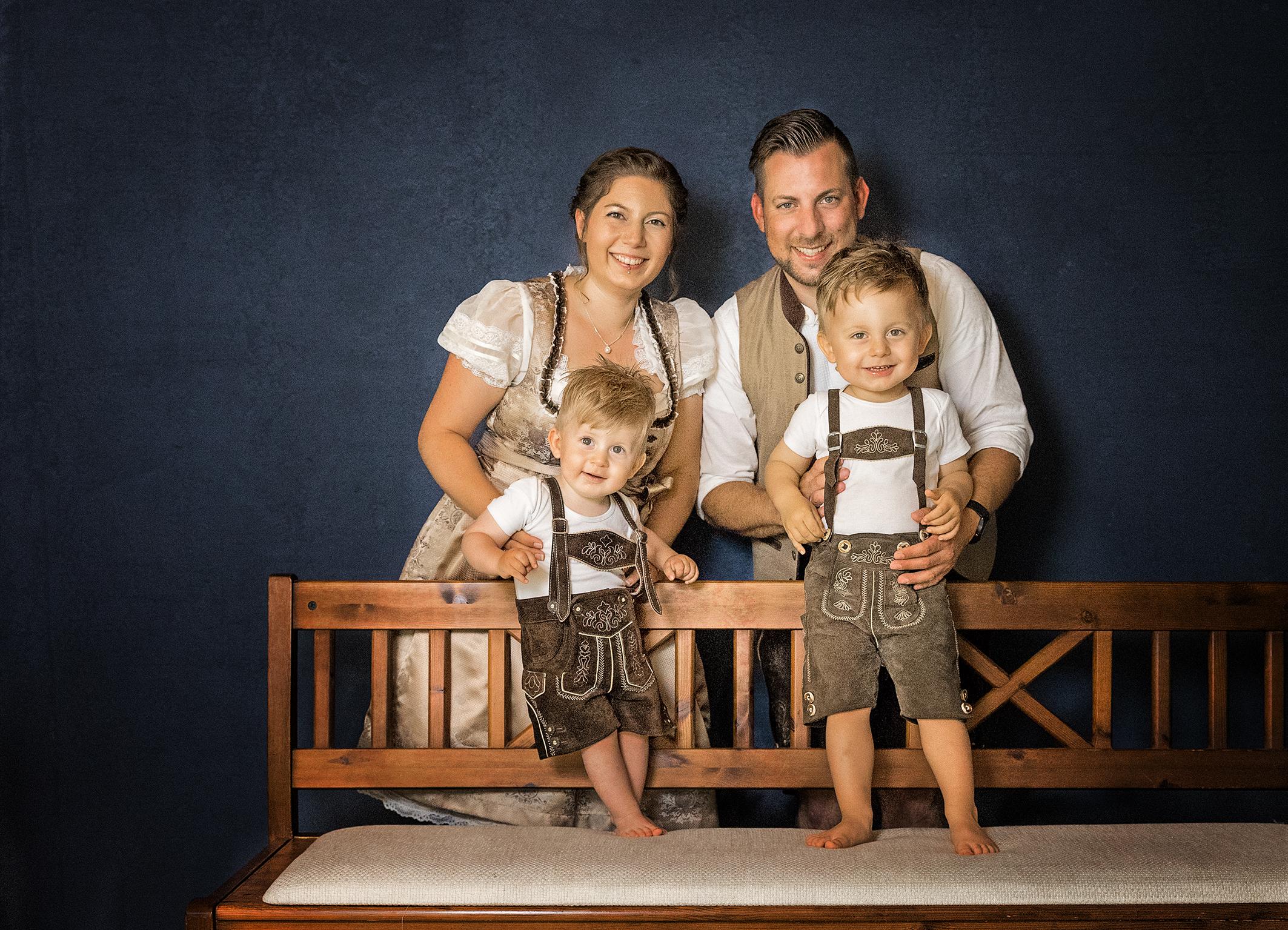 Familienfoto Portraitbilder im Fotostudio